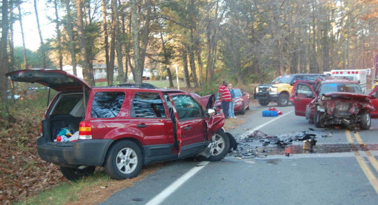 Barre (VT) United States  city photo : Barre ,VT :Multiple people injured and hospitalized after Two cars ...